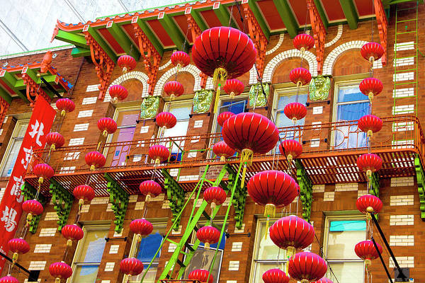 Chinese Lantern Wall Art - Photograph - Lanterns In Chinatown by Geri Lavrov
