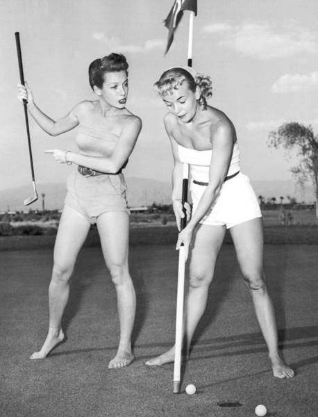 Showgirl Photograph - Las Vegas Showgirl Golf by Underwood Archives