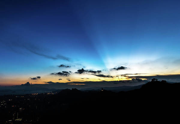 Photograph - Last Rays Of The Sun by Keith Mulcahy, Hk