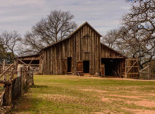 Photograph - Lbj Ranch Large Barn by John Johnson