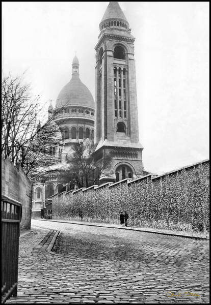 Photograph - Le Sacre Coeur - B W by Chuck Staley