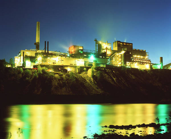 Manufacture Wall Art - Photograph - Lead And Zinc Smelter by Martin Bond/science Photo Library
