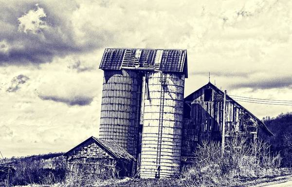 Photograph - Leaning Silos by Jim Lepard