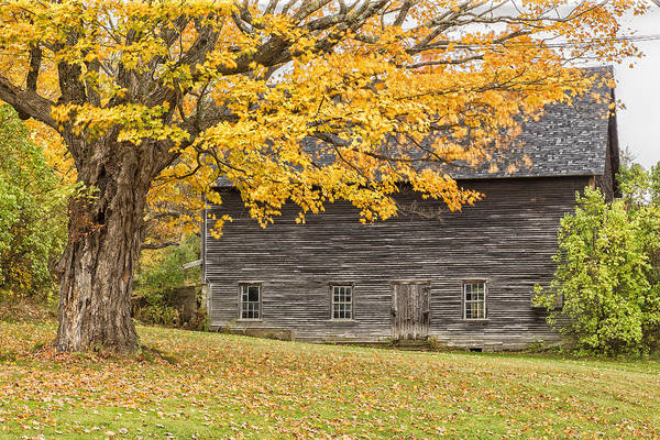 Photograph - Leavitt's Barn by John Vose