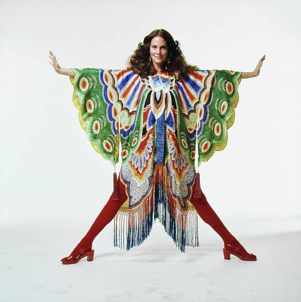 Wall Art - Photograph - Lesley Warren Wearing An Adolfo Kimono by Bert Stern