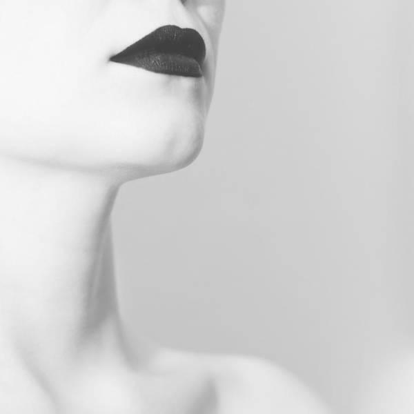 Lips Wall Art - Photograph - Levres Noires by Zapista Zapista