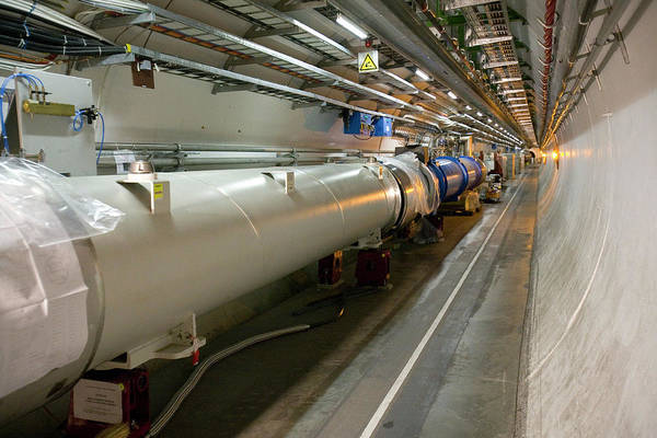 Particle Physics Wall Art - Photograph - Lhc Tunnel by Adam Hart-davis/science Photo Library