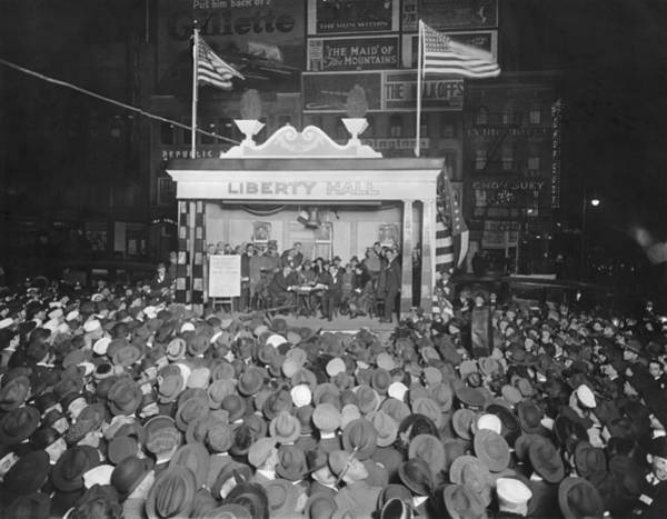 Photograph - Liberty Loan Midnight Program by Underwood Archives