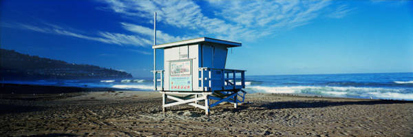 Wall Art - Photograph - Lifeguard Hut On The Beach, Torrance by Panoramic Images