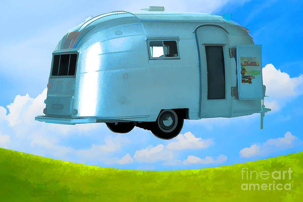Camper Wall Art - Photograph - Lighter Than Air by Edward Fielding