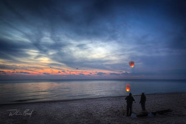 Photograph - Lighting Up The Sky by William Reek