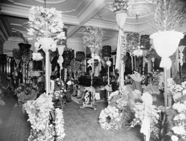 Photograph - Liliuokalani Funeral, 1917 by Granger