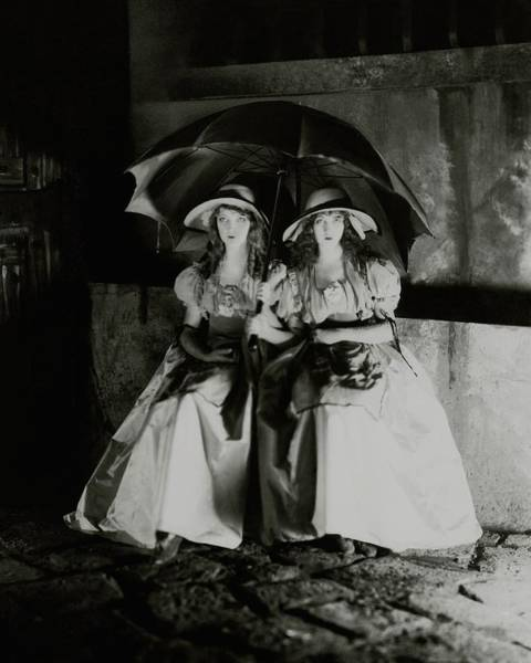 1921 Photograph - Lillian And Dorothy Gish by James Abbe
