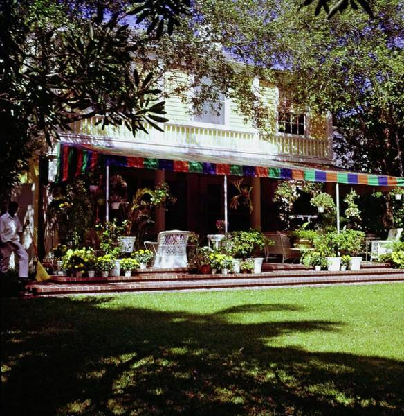 Back Yard Photograph - Lilly Pulitzer's Palm Beach Home by Horst P. Horst
