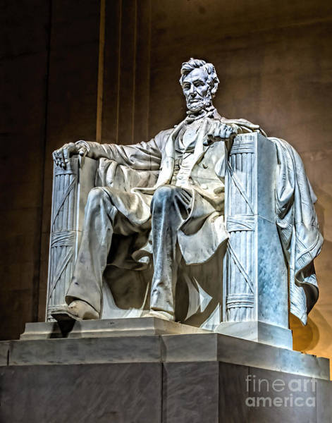 Photograph - Lincoln In Memorial by Nick Zelinsky