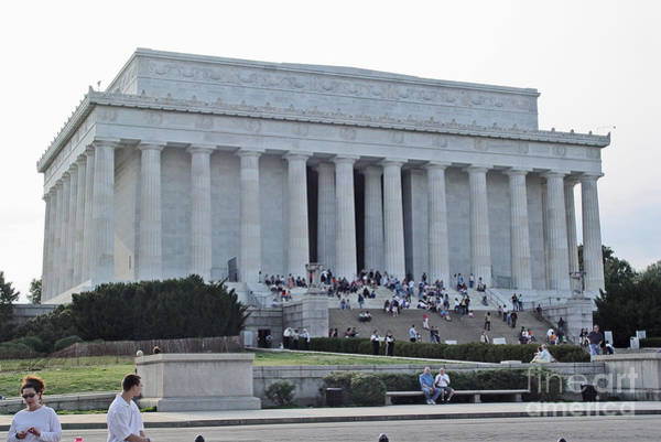 Photograph - Lincoln Memorial 2 by Tom Doud
