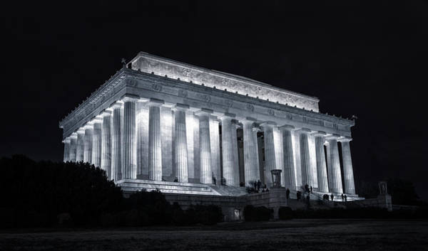 National Mall Wall Art - Photograph - Lincoln Memorial by Joan Carroll
