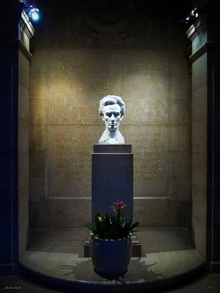 Photograph - Lincoln Memorial Shrine - California by Glenn McCarthy