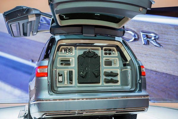 Auto Show Photograph - Lincoln Navigator Luxury Car On Display by Jim West/science Photo Library