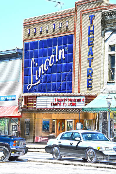 Photograph - Lincoln Theatre Fayetteville Tennessee by Lesa Fine
