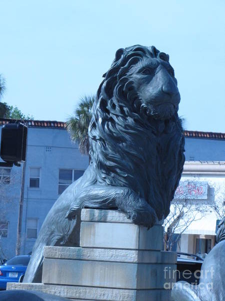 Wall Art - Photograph - Lion Statue 3 by William Bryant