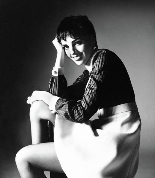 Liza Minnelli Photograph - Liza Minnelli Wearing A Gino Charles Dress by Bert Stern