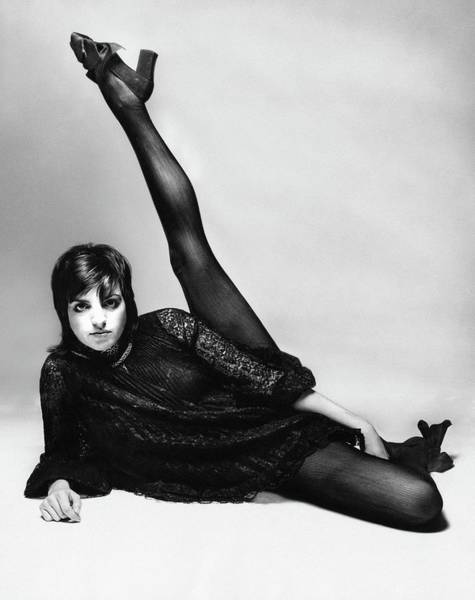 Dance Photograph - Liza Minnelli With Her Leg Raised by Bert Stern