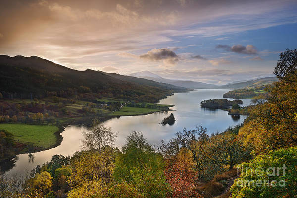 Highland Light Photograph - Loch Tummel by Rod McLean