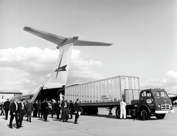 Lockheed C-141 Starlifter Art Print by Underwood Archives