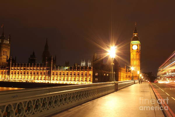 Photograph - London By Night by Fabrizio Malisan
