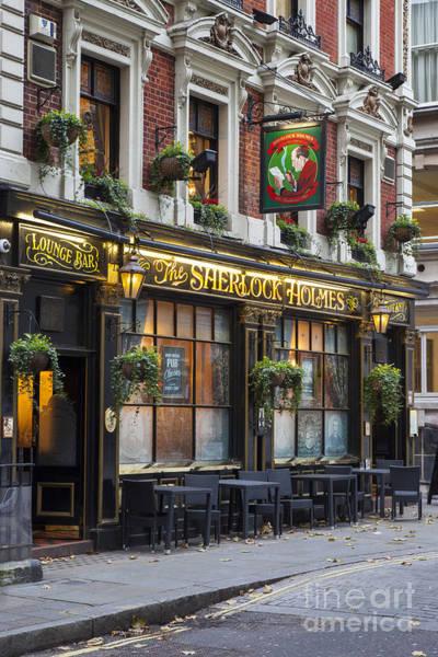 Photograph - London Pub by Brian Jannsen