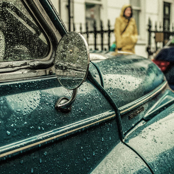 Classic Car Photograph - London Rain by Riccardo Berg
