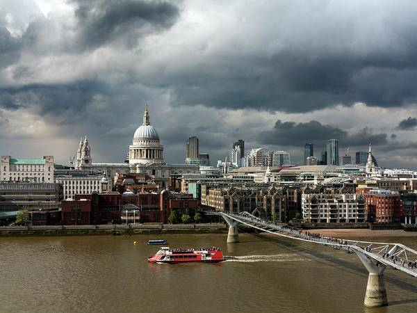 Financial Centre Photograph - London Skyline by Daniel Sambraus/science Photo Library
