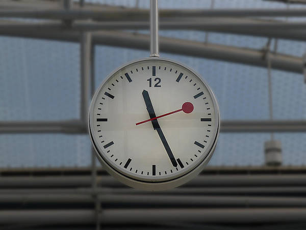 Photograph - London - Swiss Time by Richard Reeve