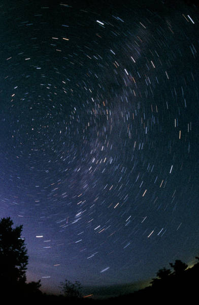 Star Track Wall Art - Photograph - Long Exposure Showing Some Meteor Tracks by Pekka Parviainen/science Photo Library