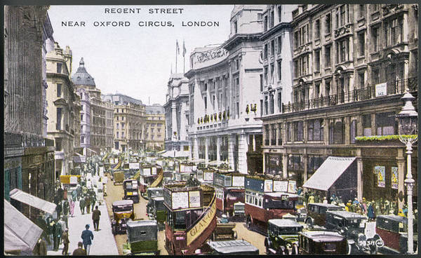 Wall Art - Photograph - Looking North Up Regent  Street by Mary Evans Picture Library