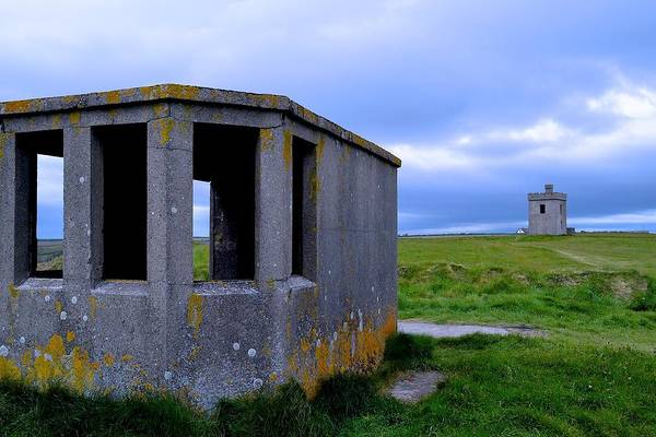 Ardmore Photograph - Lookout Hut by Gerry O Mahony