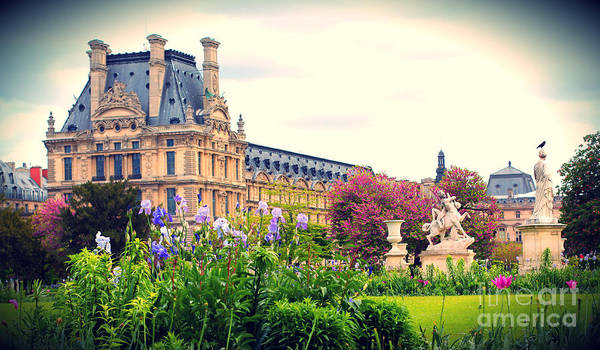 Jardin Des Tuileries Photograph - Louvre And Tuileries Gardens by Heidi Hermes