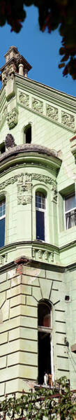 Wall Art - Photograph - Low Angle View Of A Building, Brasov by Panoramic Images