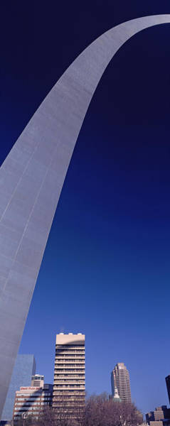 Wall Art - Photograph - Low Angle View Of The Gateway Arch, St by Panoramic Images