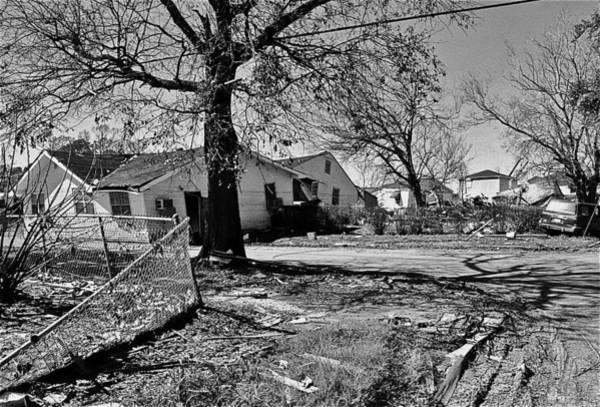Lower Ninth Ward Photograph - Lower Nine 3 by William Morgan