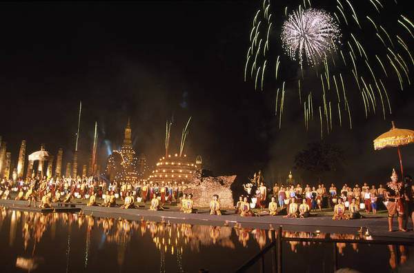 Wall Art - Photograph - Loy Krathong Show In Thailand by Richard Berry