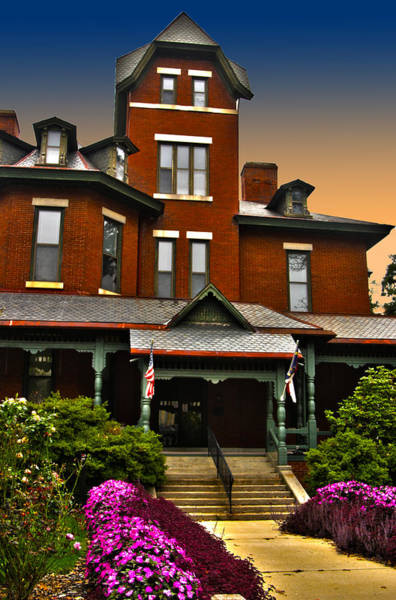 Wall Art - Photograph - Lt Governor's Mansion by Frank Savarese