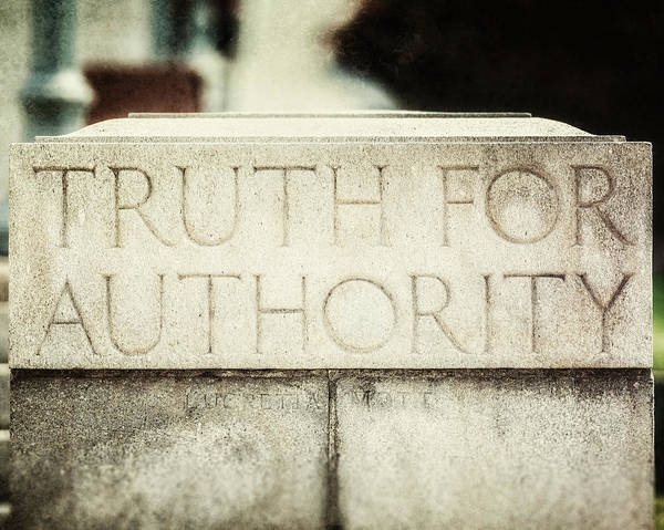 Harrisburg Pa Photograph - Lucretia Mott Truth For Authority by Lisa Russo