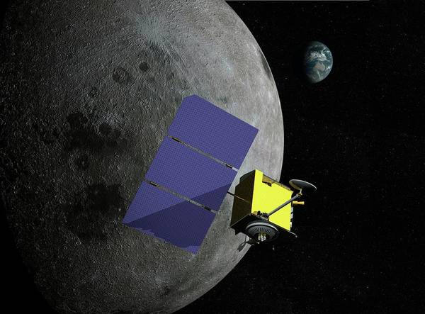 Return To Earth Photograph - Lunar Reconnaissance Orbiter by Paul Wootton/science Photo Library