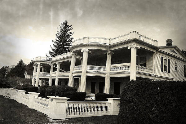 Photograph - Mackinaw Island Architecture by Scott Hovind