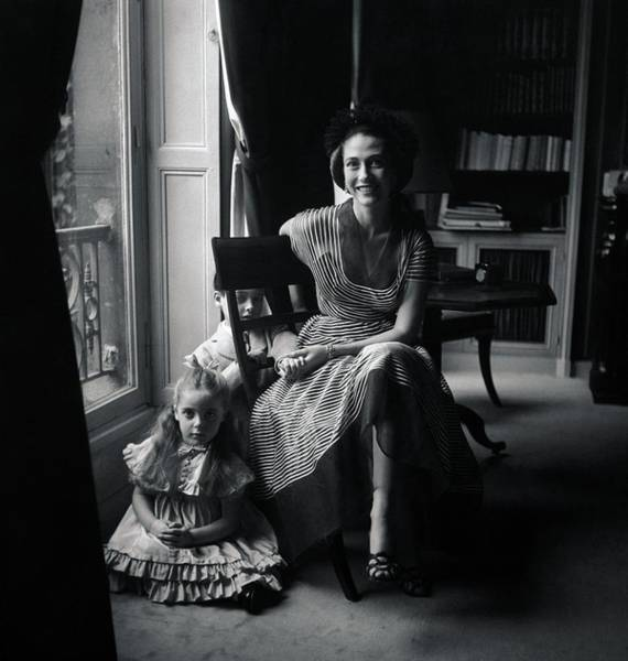 6 Photograph - Madame Marcel Rochas With Her Children by Richard Rutledge
