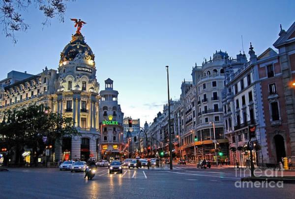 Photograph - Madrid - Spain - Centro - Edificio Metropolis by Carlos Alkmin