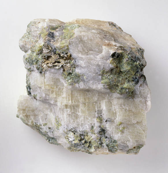 Carbonate Photograph - Magnesite Crystals In Groundmass by Dorling Kindersley/uig