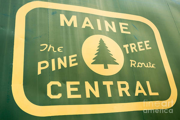 Train Car Photograph - Maine Central The Pine Tree Route by Edward Fielding